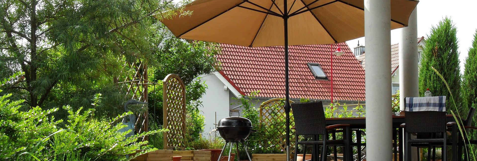 sonnenschutz f r terrasse und balkon bauspezi baumarkt. Black Bedroom Furniture Sets. Home Design Ideas